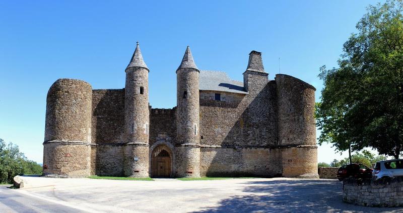 Le ch teau d 39 onet village aveyron centerblog for Piscine onet le chateau